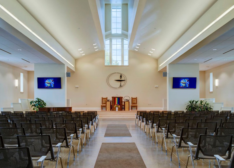 A photo of the inside of a Unitarian Universalist church