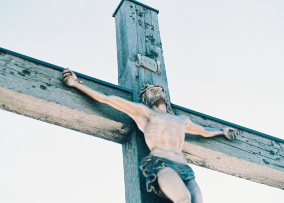 A photo showing a representation of Jesus on a cross